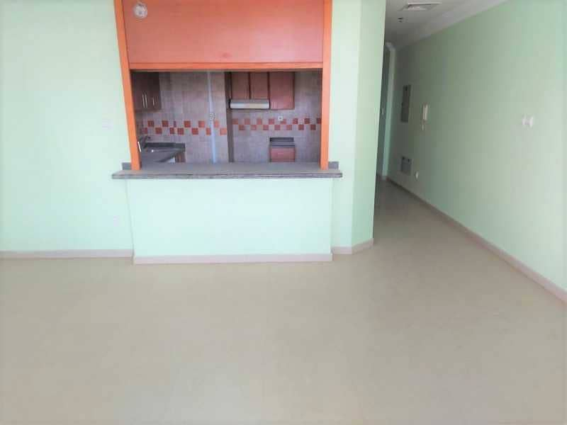 2 Vacant 2br + Balcony   Marina View   Chiller Free!