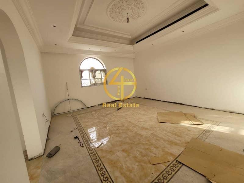 2 Royal decorated Villa | First Tenant | Elevator