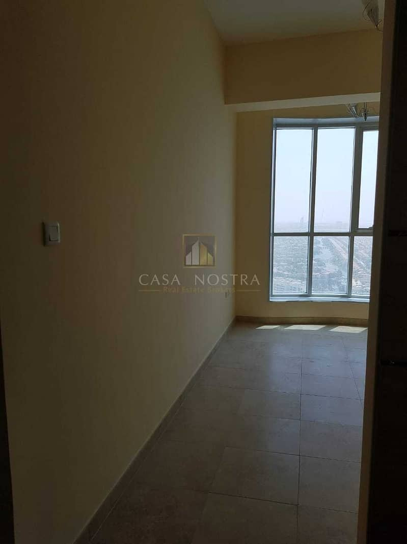 16 Affordable Price 2BR on Higher Floor Chiller free
