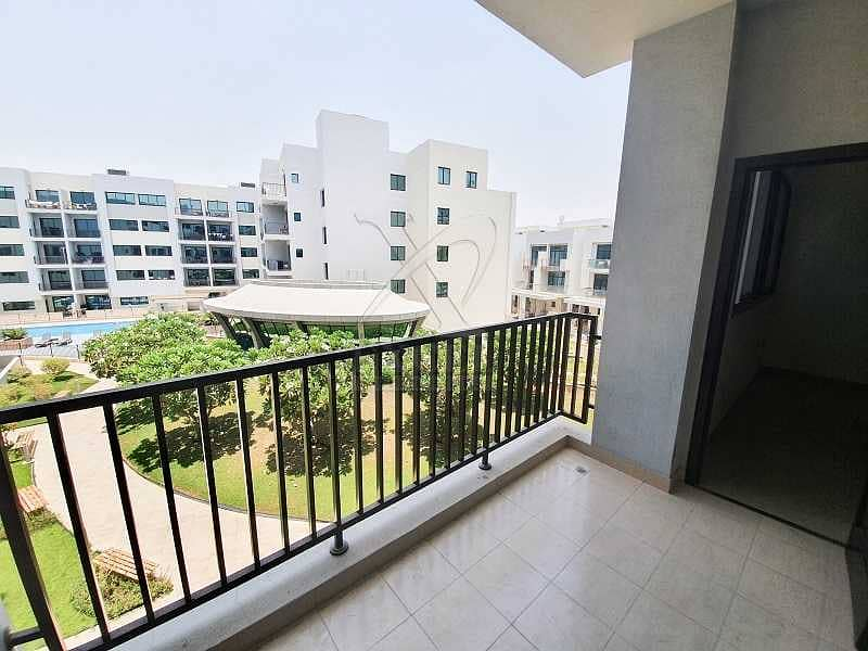 10 Spacious Living   Garden and Pool Views   Well Maintained