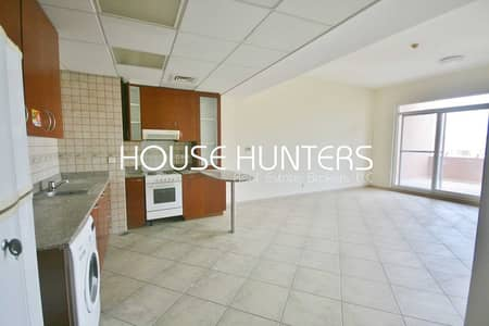 1 Bedroom Apartment for Rent in Motor City, Dubai - Well maintained 1 Bedroom apartment   Motor City