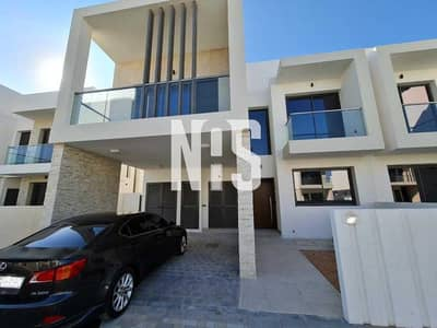 3 Bedroom Townhouse for Rent in Yas Island, Abu Dhabi - Corner Unit | Biggest Layout | Landscaped  TH .