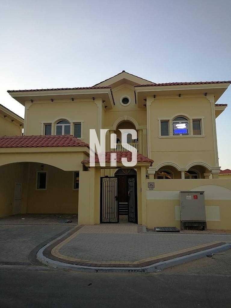 17 Hot Deal!! Spacious Villa with Prime Location