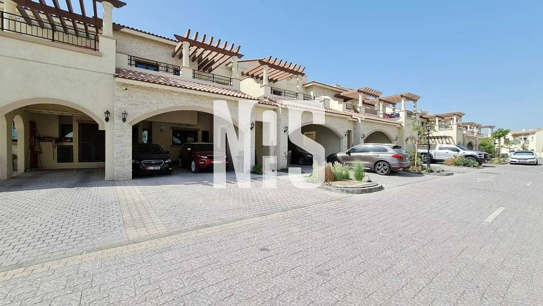 Well Maintained and Elegant Townhouse