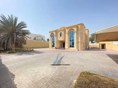 فیلا 5 غرف نوم للايجار في أم سقیم، دبي - فیلا في أم سقيم 1 أم سقیم 5 غرف 275000 درهم - 5260291