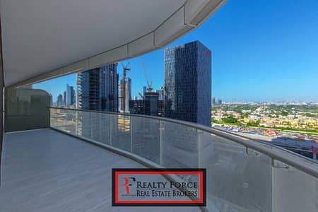2 Bedroom Apartment for Sale in Downtown Dubai, Dubai - HIGH FLOOR   2BR W/STUDY    CANAL VIEW
