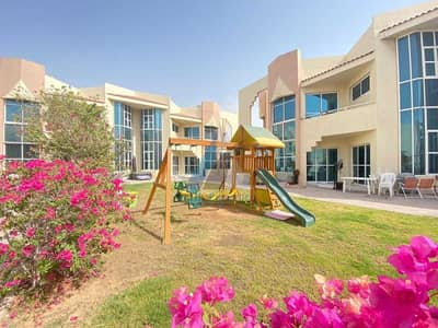 3 Bedroom Villa for Rent in Umm Suqeim, Dubai - READY TO MOVE l 3 BED + MAID'S l SHARED POOL l BEAUTIFUL COMPOUND