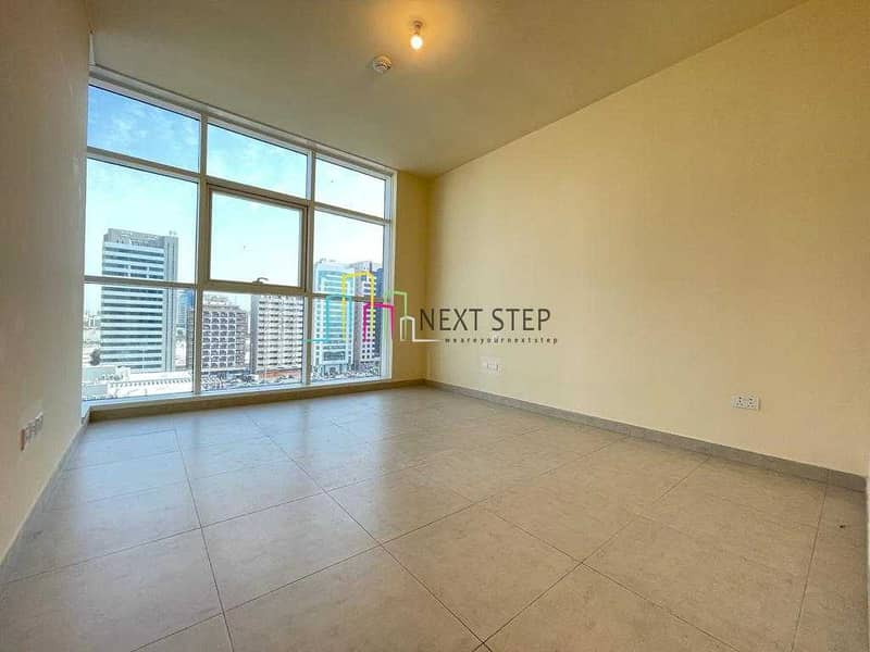 *BRAND NEW* 1 Master Bedroom Apartment  with Parking plus Balcony