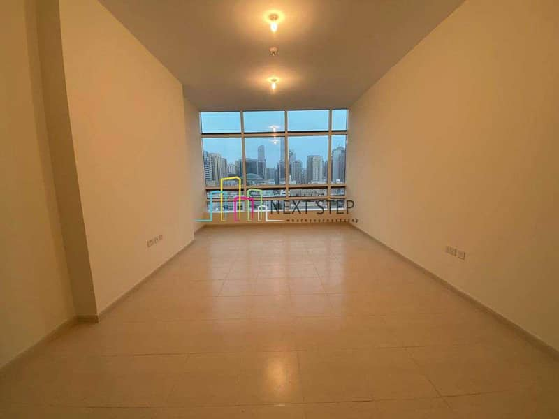 Captivating 2 Bedroom Apartment with Parking
