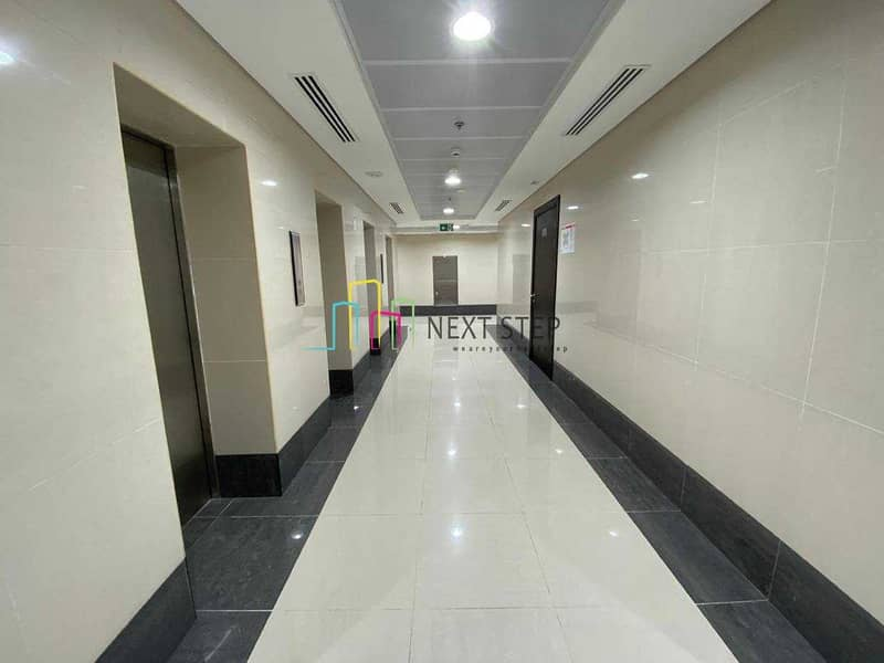 2 Captivating 2 Bedroom Apartment with Parking