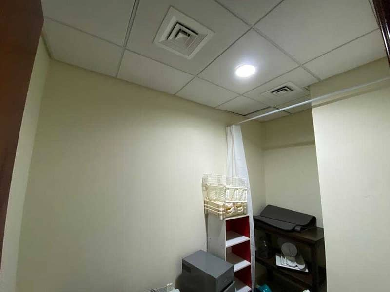 10 Spacious/ Immaculate /3BHK plus maid's