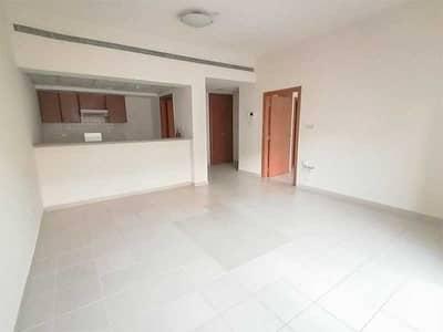 شقة 1 غرفة نوم للايجار في الروضة، دبي - Good Location   Spacious   Balcony