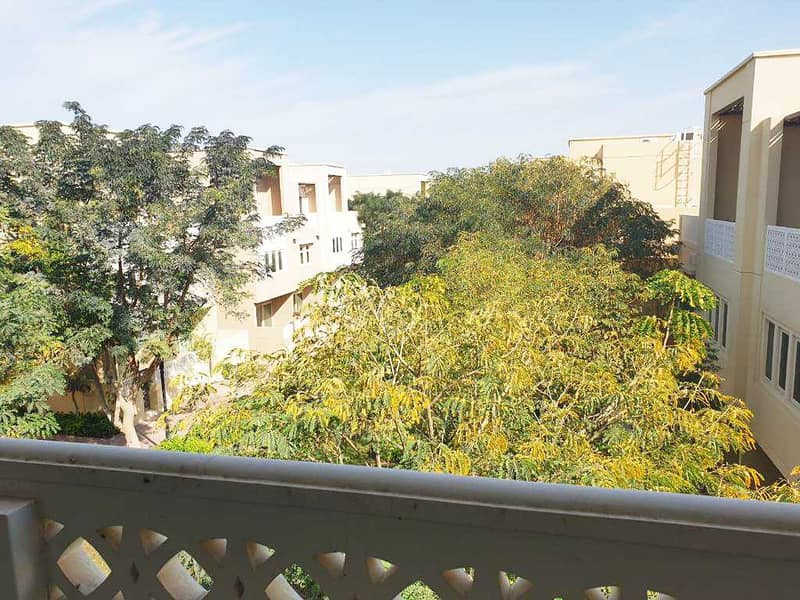 2 3 BHK /Community View / Immaculate