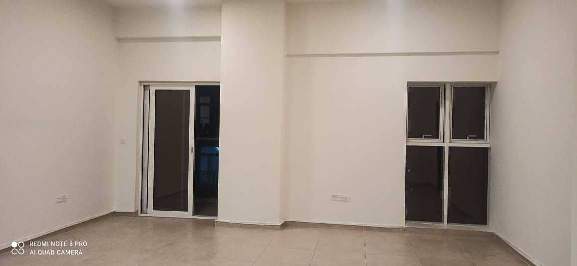 Luxurious 1Bedroom with store room | Near Metro