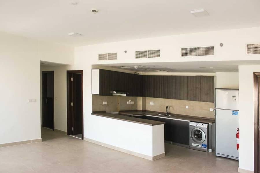 2 Luxurious 2 Bedroom with Store Room | Near Metro | High floor