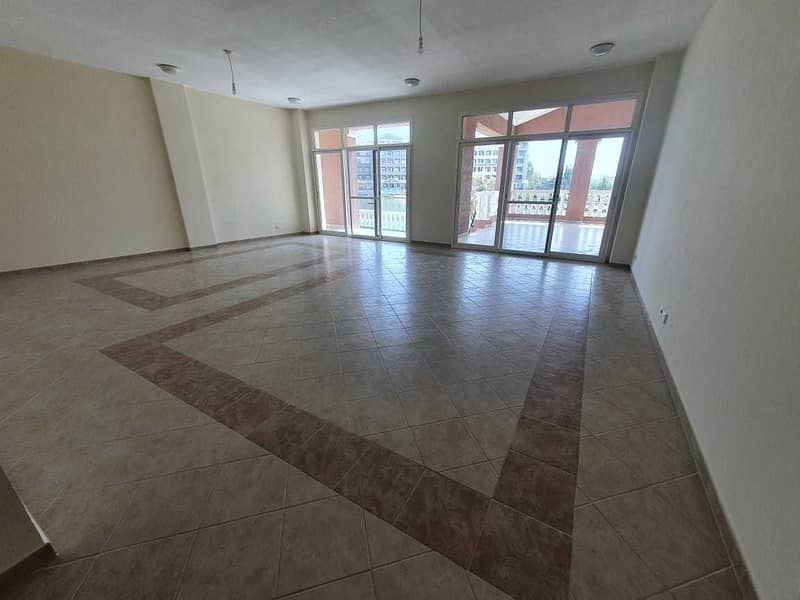 Exclusive / Lake View / Second Floor / Terrace