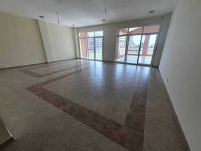 3 Bedroom Apartment for Sale in Motor City, Dubai - Exclusive / Lake View / Ground floor / Private Garden