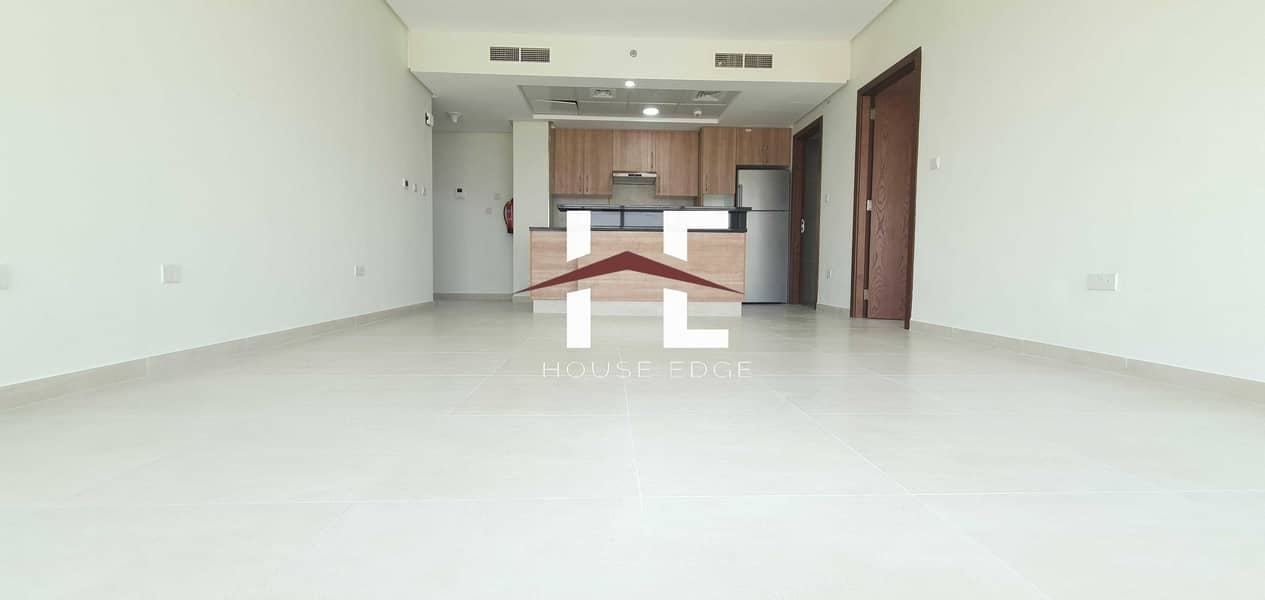2 Brand New Apartment with Built-in Appliances   Laundry room  Balcony