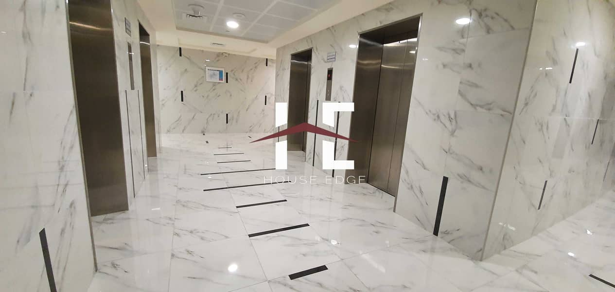 Brand New 2 BHK    Maid in Danet.