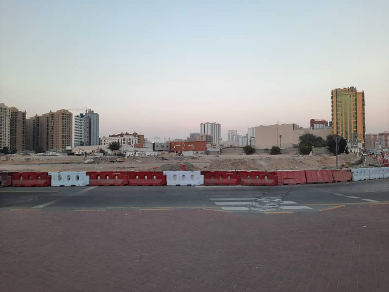 Land for sale, residential, commercial, ground permit, +16 floors, on a main street