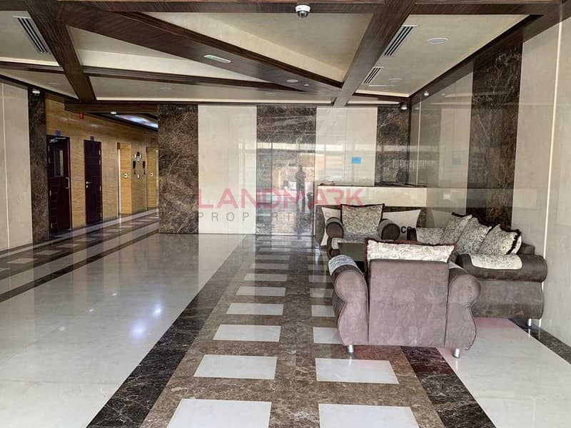 2 Spacious Office  |  Well Maintained  | Mona Residence