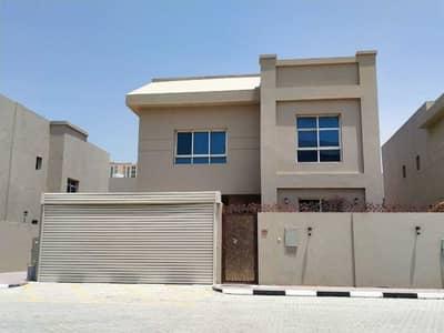 5 Bedroom Villa for Sale in Al Rumaila, Ajman - Villa for sale with modern finishes in the most prestigious area - Al Rumaila, Ajman