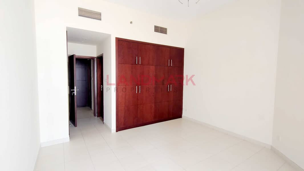 HOT/READY to MOVE/ KITCHEN APPLIANCES/ 1BHK in ARJAN