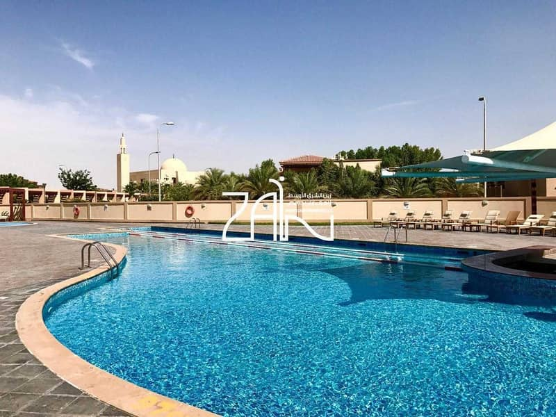 2 Single Row 5 BR Villa Narjis with Pool and Garden
