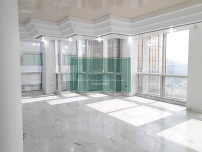 فلیٹ 3 غرف نوم للايجار في الحصن، أبوظبي - Huge Apt on Corniche with All Facilities