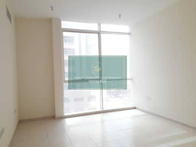 شقة 1 غرفة نوم للايجار في المیناء، أبوظبي - Sea View!Parking!Brand New!High Floor! 1 Bed in Al Mina