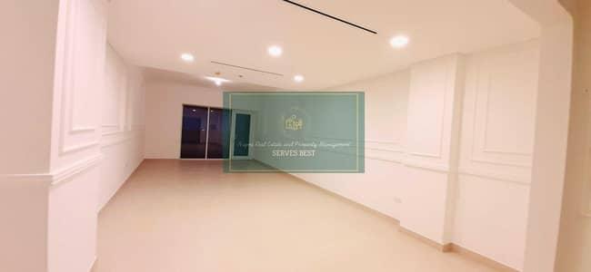 شقة 3 غرف نوم للايجار في كابيتال سنتر، أبوظبي - Like New! Huge!3 Beds/Maid/Balcony/Store