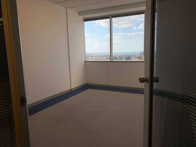 10 Fully Fitted Office  ! Easy Access to Metro ! No commission