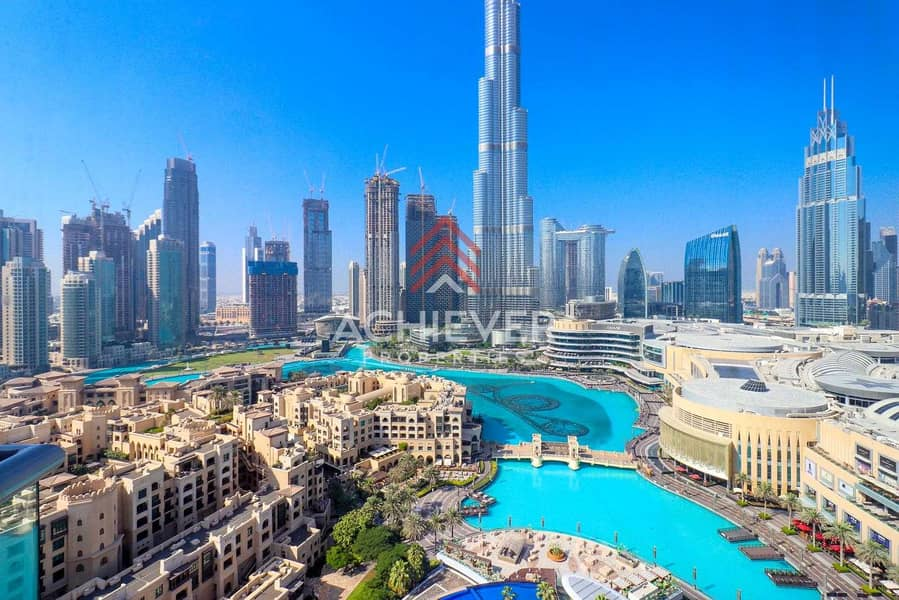 28 Extravagantly Luxurious   Fountain Views