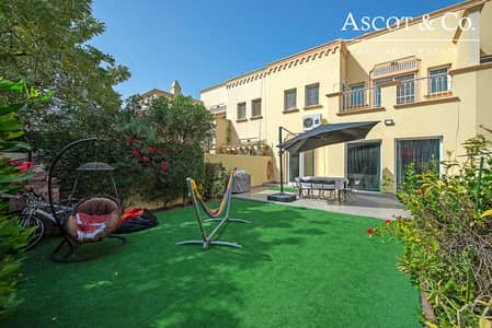 3 Bedroom Townhouse for Sale in The Springs, Dubai - Exclusive 2M 3B | Springs 14 | Pool View
