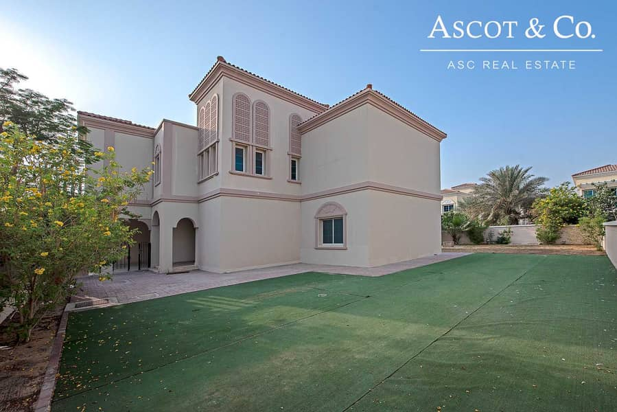 Beautiful 5 Beds + Maid's | Large Garden