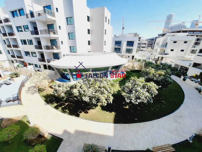 18 LIVE WITH LUXURY | BEST LAYOUT FURNISHED ONE BED WITH GARDEN VIEW