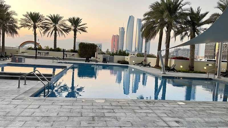 19 2 BEDS No Commission - Beautiful Water Views – Balcony – Amazing Amenities Facing Sea view and Emirates Palace