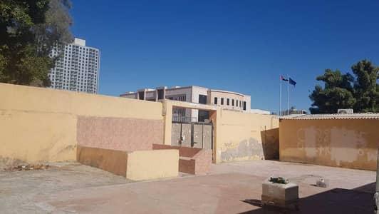 فیلا 12 غرف نوم للبيع في النعيمية، عجمان - فیلا في النعيمية 2 النعيمية 12 غرف 1700000 درهم - 5190905