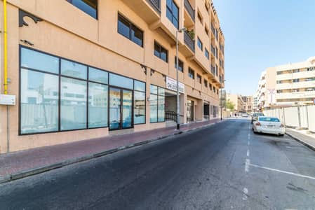 Shop for Rent in Deira, Dubai - New  shop available in al rigga! Direct from landlord! 0% Commission