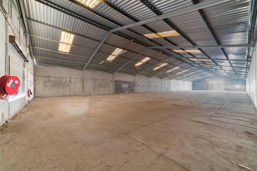 2 Spacious Warehouse Direct From Landlord Um ramool