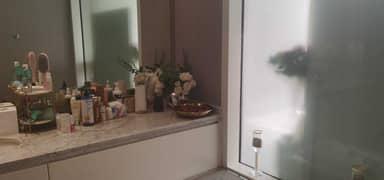 فيلا فاخرة مطلة على الجولف للبيع في الزهراء عجمان