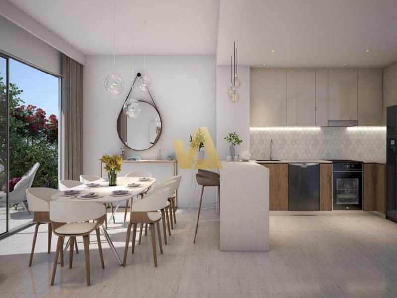 10 Luxurious Stylish I Brand new I 4 Bedrooms  I ELAN