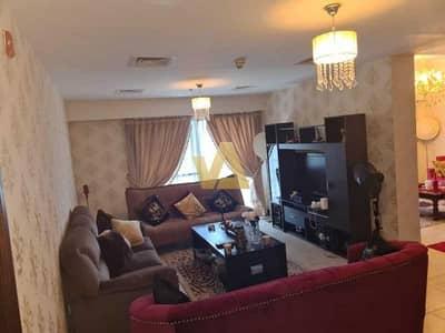 شقة 4 غرف نوم للبيع في أبراج بحيرات الجميرا، دبي - High Floor | 4 BR + Maid | Huge Apartment For Sale