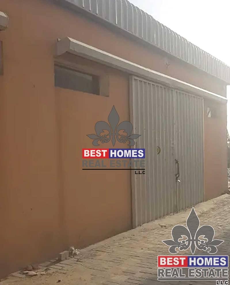 1500 sq ft / Warehouse for rent in Al Jurf