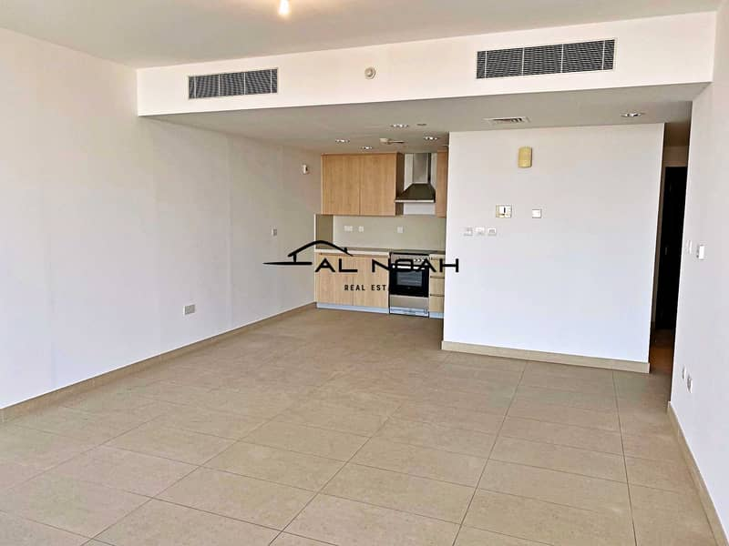 Awesome deal! Up to 12 Cheques! Contemporary Apt | Spacious Layout!