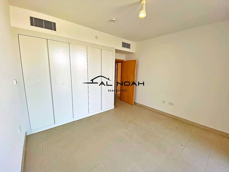 2 Awesome deal! Up to 12 Cheques! Contemporary Apt | Spacious Layout!