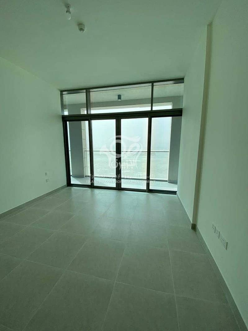 Spacious 2 Bedroom   Large Layout   Open View