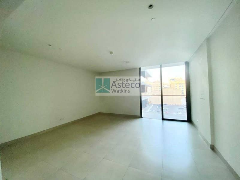 Next to Burjuman Mall well maintained apartment