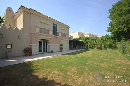 5 Bedroom Villa for Sale in Dubai Sports City, Dubai - Private and Secure   Upgraded   5 Bedroom Villa