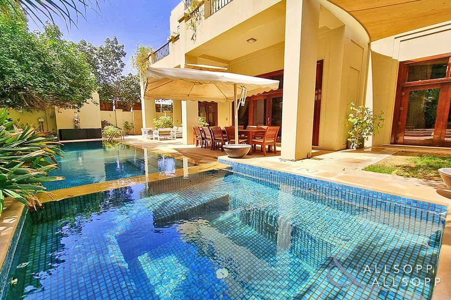 D Type   6 Bedrooms   VOT   Immaculate